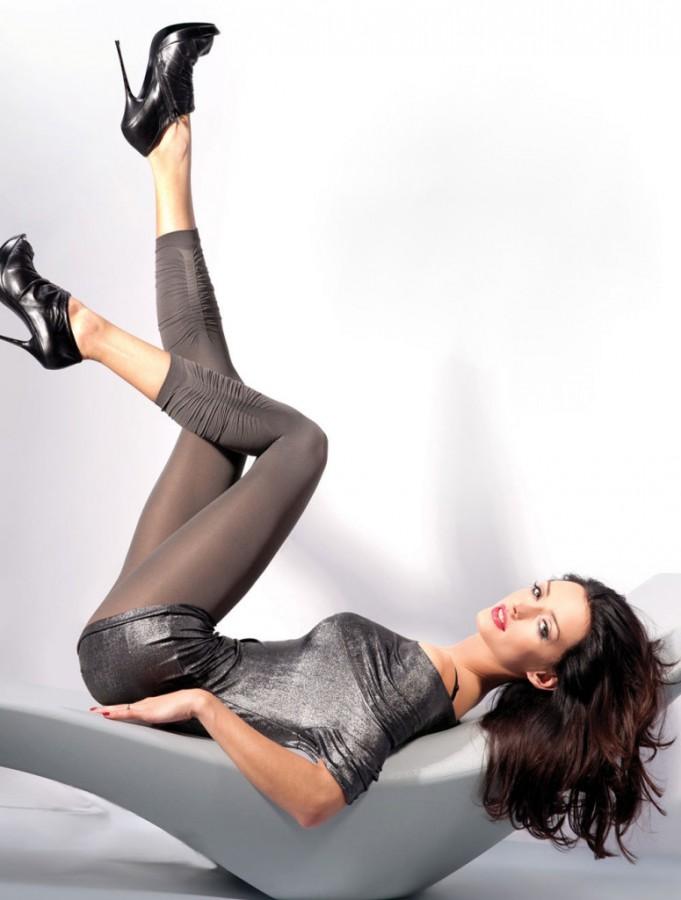 Kate-Sajur-Gabriella-Legwear-12-775x1024