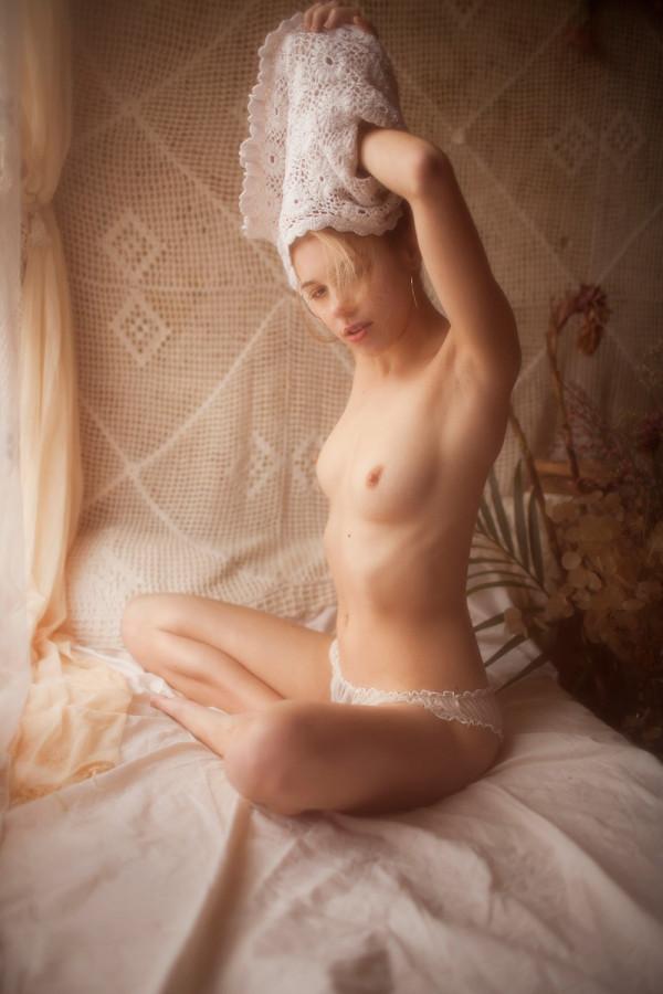 Margot_by_Vivienne_Mok_18