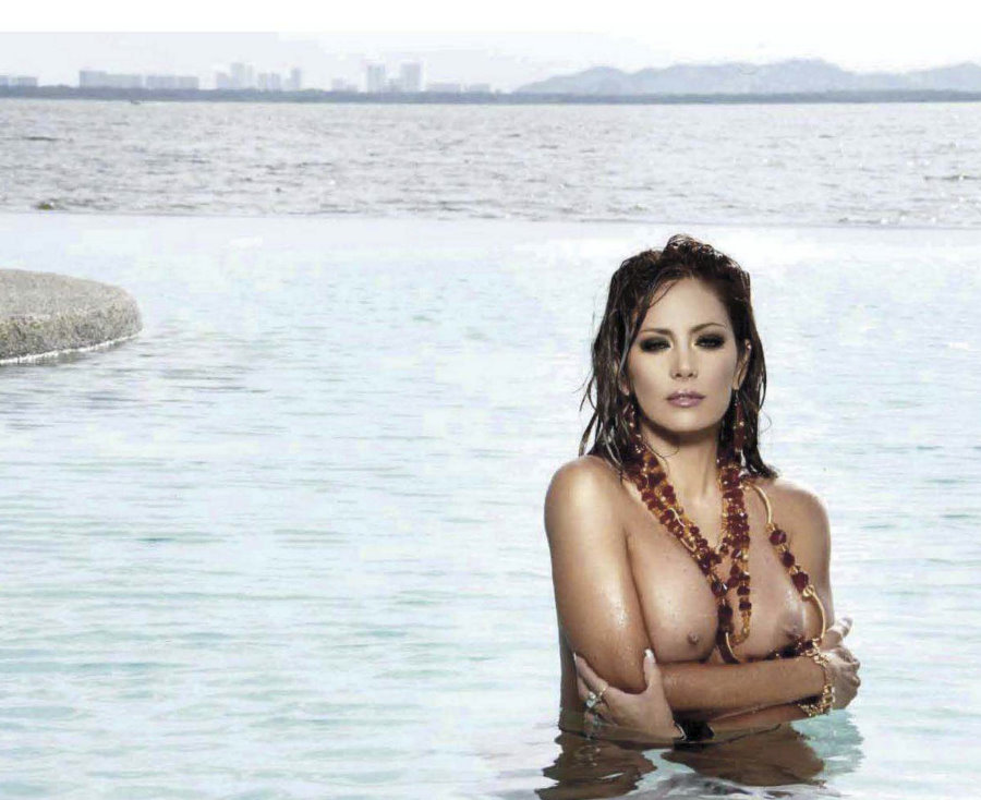 Jackueline Arroyo (6)