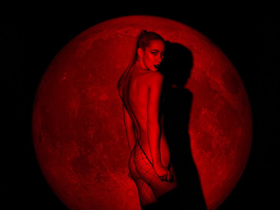 redlightmoonbypetercoulsonnsfw8