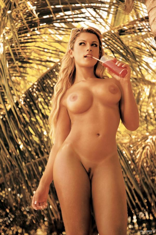 фото голых бразильских топ моделей
