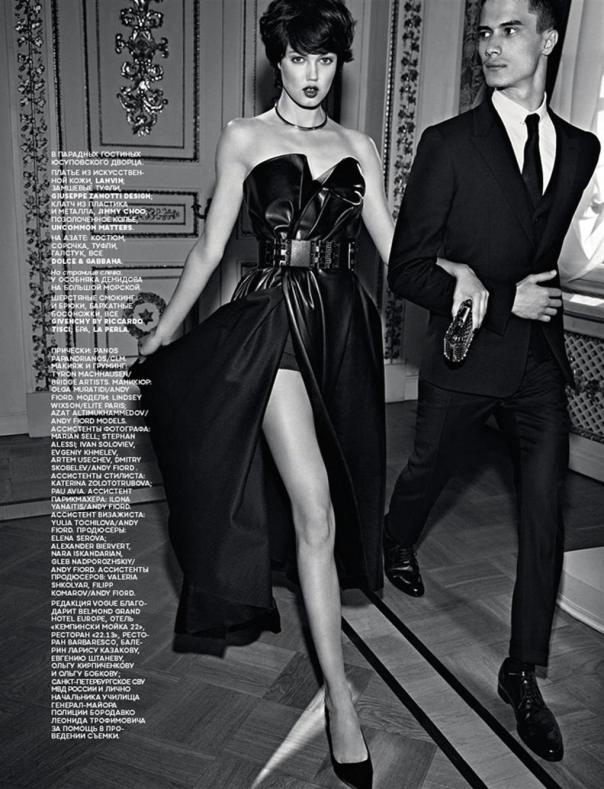 lindsey-wixson-by-alexi-lubomirski-for-vogue-russia-september-2014-11