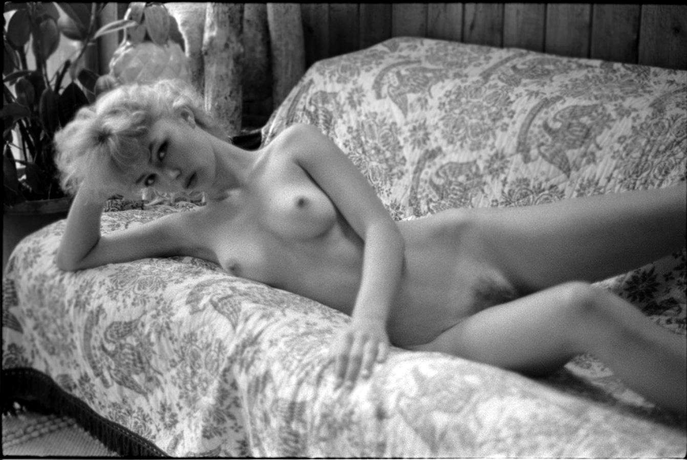 Французская эротика бесплатно 23 фотография