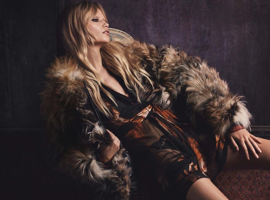 Treats-Magazine-Natasha-Poly-by-Luigi-Iango-for-Vogue-Germany-October-2014-7