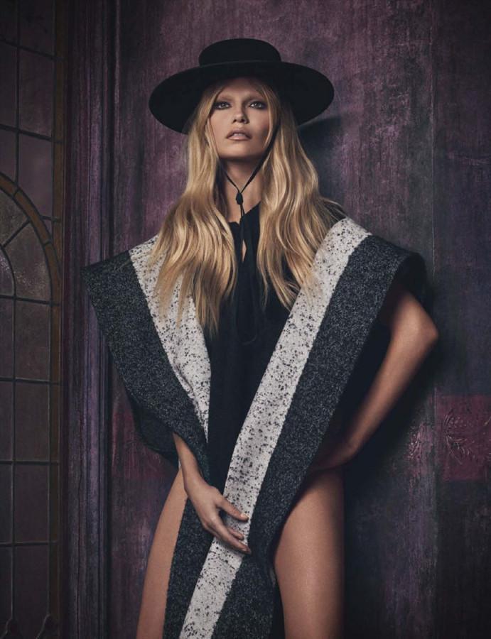 Treats-Magazine-Natasha-Poly-by-Luigi-Iango-for-Vogue-Germany-October-2014-9