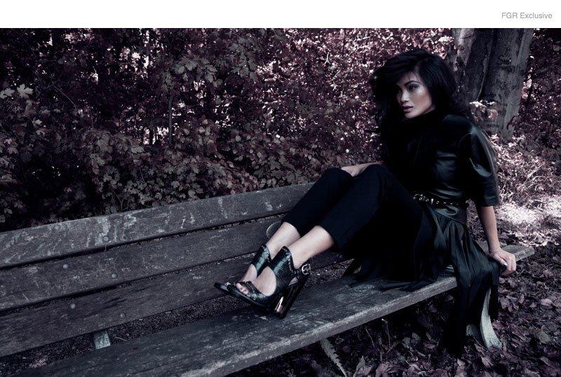 dark-fashion-witch-shoot03