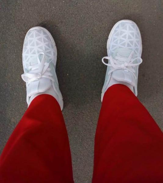 Кроссовки мои белые