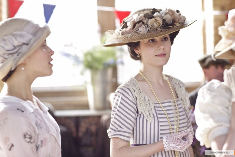 kinopoisk.ru-Downton-Abbey-2256030
