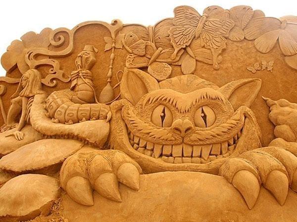 festival-peschanyx-skulptur1