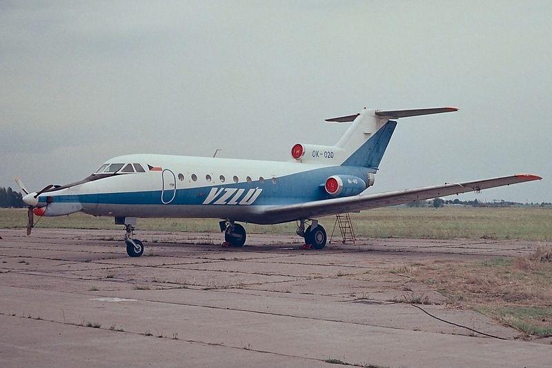 Yak40-ok-020-flight-research-institute-czech-praha-kbely-lkkb