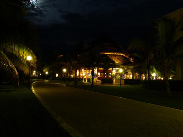 отель ночью