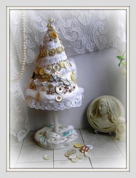 винтажная белая елка
