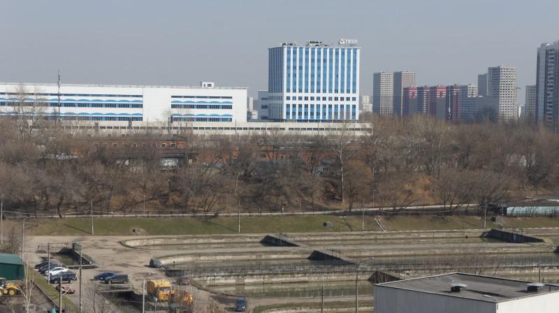 Вид на МЗП из дома 4 по Кантемировской улице