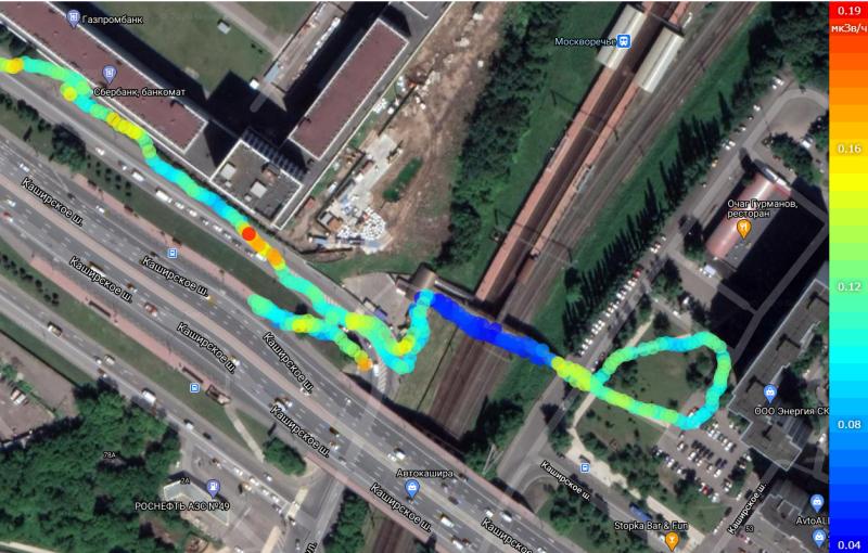 Карта пешеходной гамма-сьемки вокруг места происшествия. Синий - переход . Прибор - АтомФаст8850