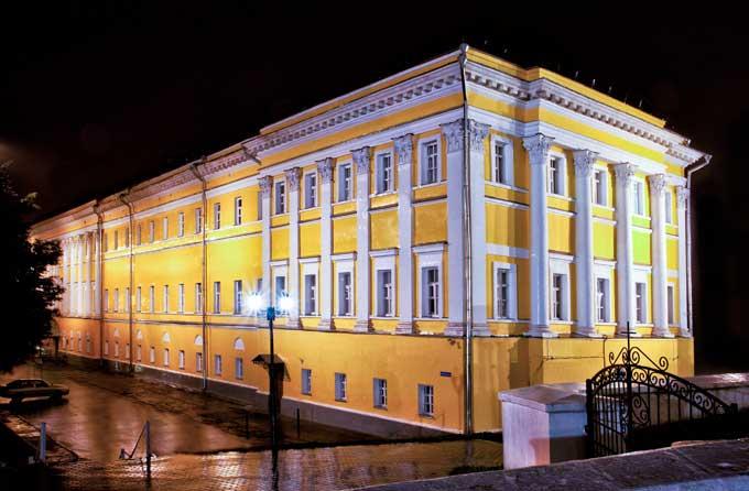 Первой обязательной достопримечательностью является владимирский областной театр