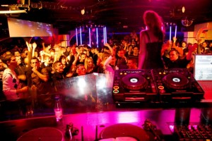 clubs_catwalk_barcelona_00111-300x200