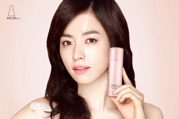 SUM37_Miracle_Rose_Cleansing_Stick_Model_grande