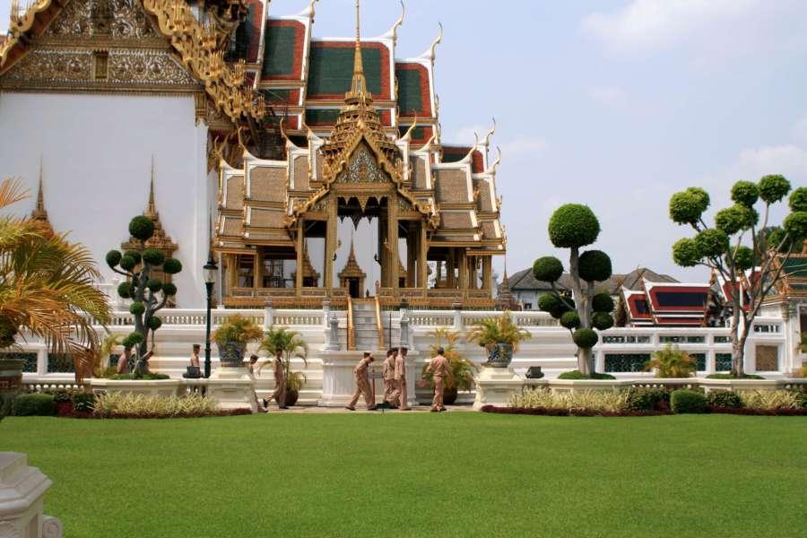 http://pics.livejournal.com/ir_shi/pic/000xc467