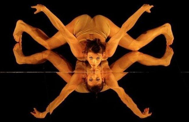 tantsovshitsi-tantsuyut-golimi