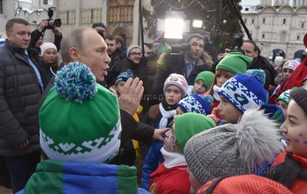 Путин и дети.jpg 2