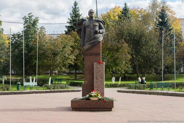 Одинцово памятник Жукову