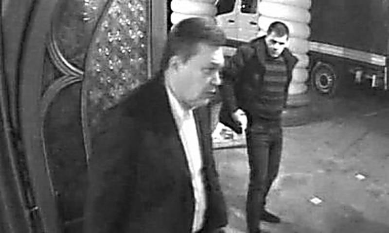 Янукович бежит