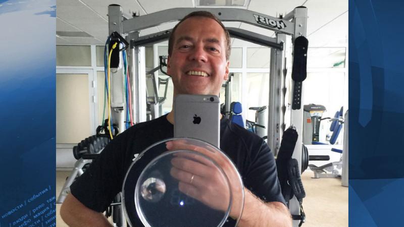 МЕдведев в спортзале