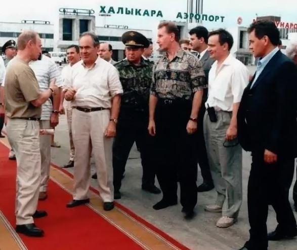 Путин в аэропорту Казани