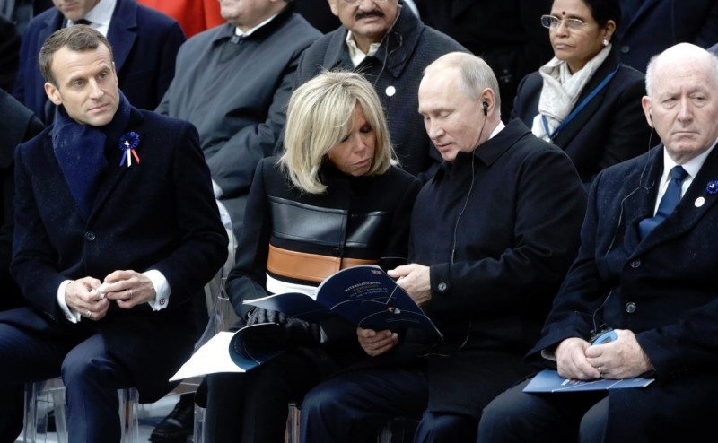 Путин в Париже 3