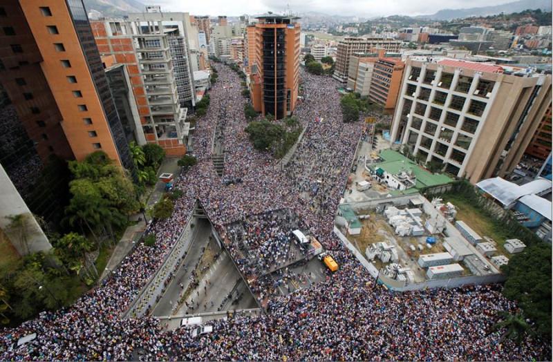 Мадуро и протесты МНОГО