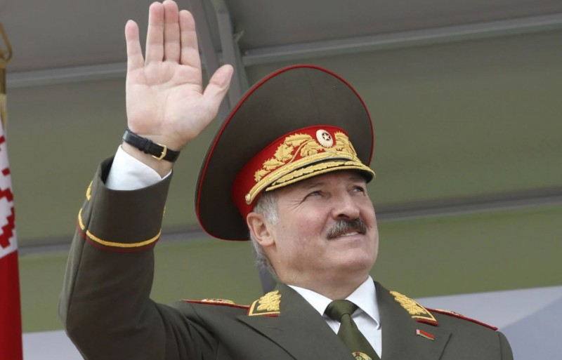 Лукашенков