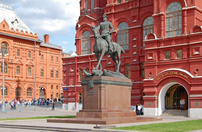 Жукова в Москве