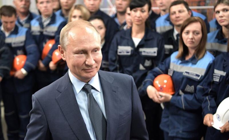 Путин на заводе 2