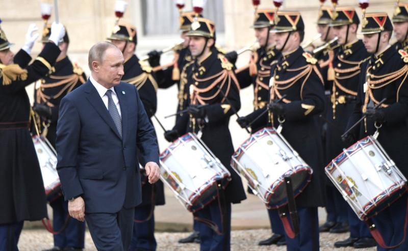 Путин в Париже