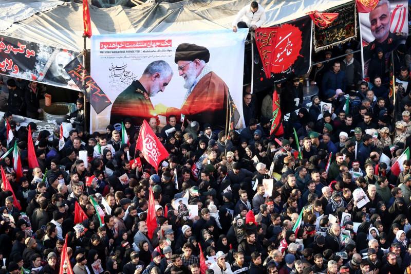 Иран похороны генерала