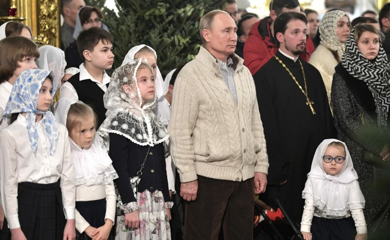 Путин на Литургии