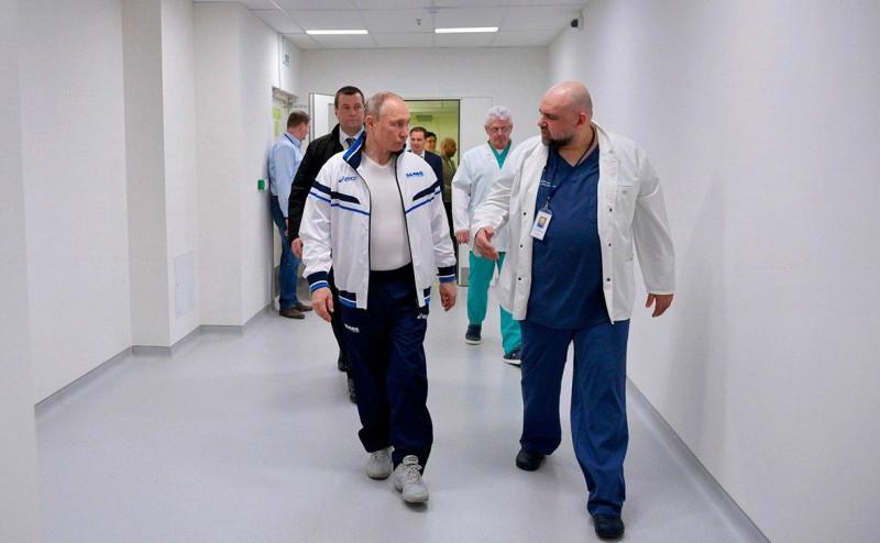 Путин и врач