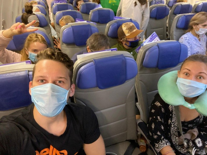 Самолет из Дели