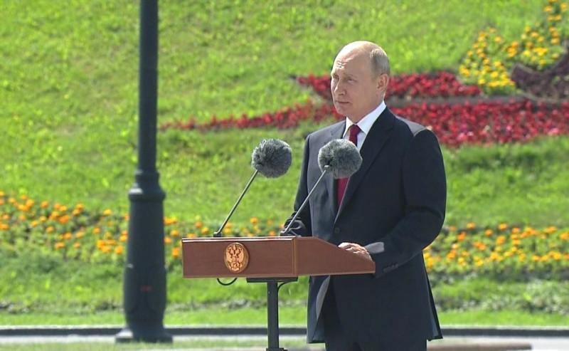 Путин на Поклонной горе 2