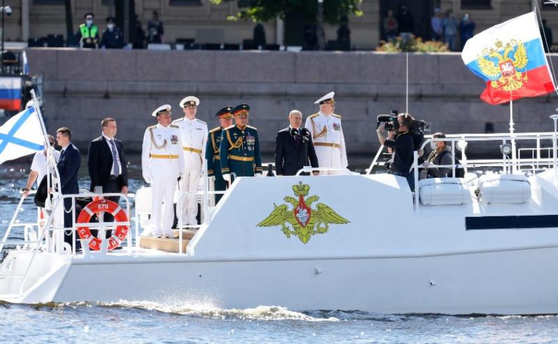 Путин на параде