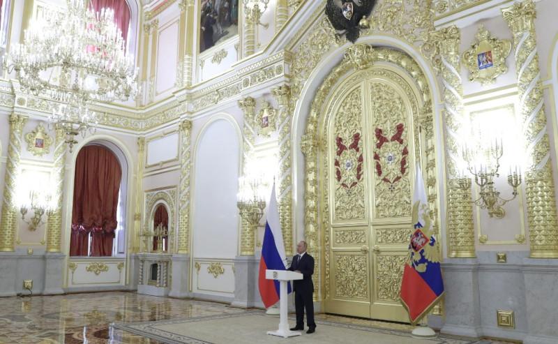 Путин и члены СФ