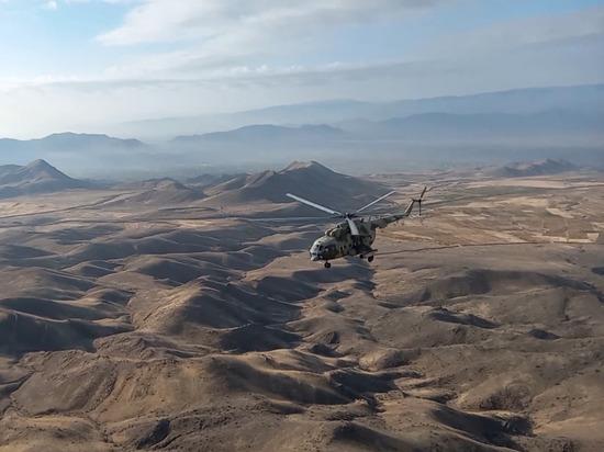 Вертолеты прикрывают