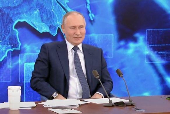 Путин на пкф