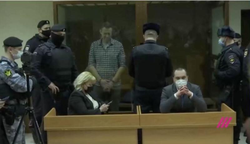 Навальный приговор