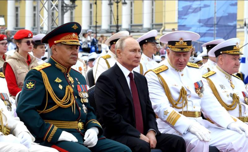 Путин принял