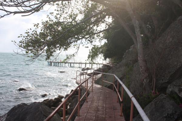 3 дорожки вокруг острова