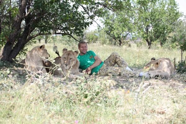 Олег и львы на привале