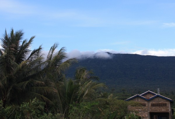 Вид на Бокор с деревни