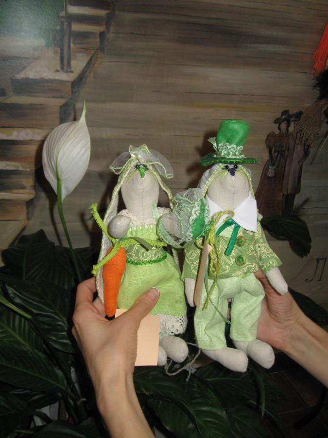 Куклы и сувениры в ресторане Одесса 016