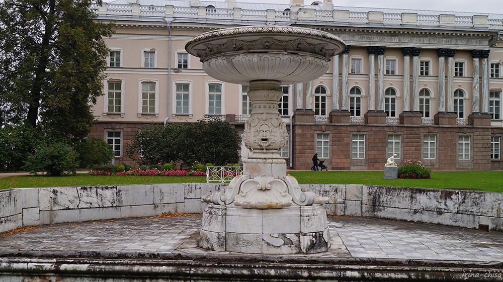Собственный сад. Мраморный фонтан